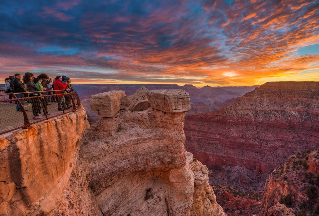 2014_07_grand-canyon-sunrise-feature.jpg